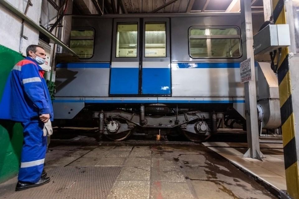 В период летних массовых перевозок будут работать более 1 600 сотрудников поездных бригад.