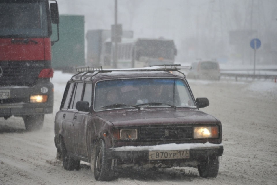 Автовладельцев просят соблюдать правила дорожного движения.