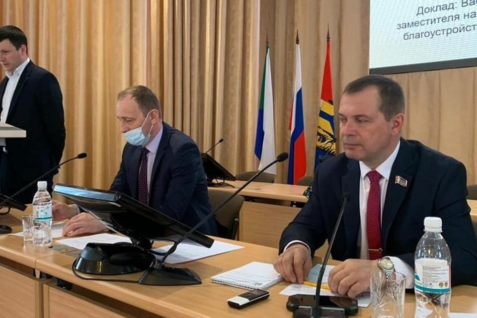 Городские депутаты планируют разобраться в дорожном хозяйстве краевой столицы. Фото Константина Головко