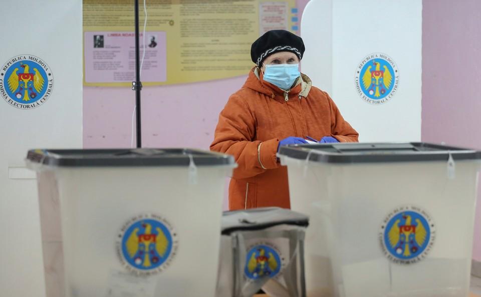 Зачем нужны именно сейчас досрочные выборы в Молдове? Фото: соцсети