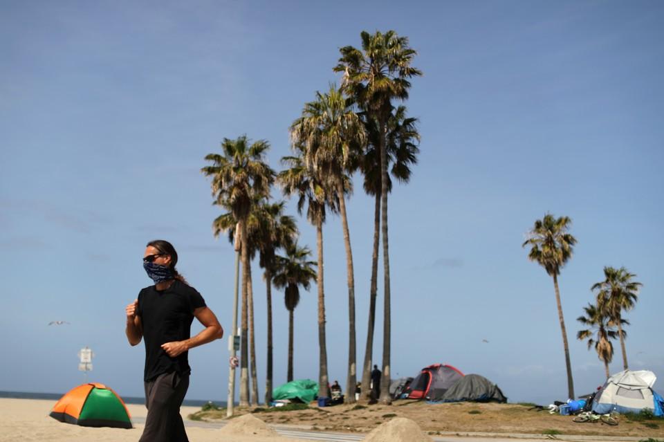 Западному побережью США угрожает масштабная экологическая катастрофа