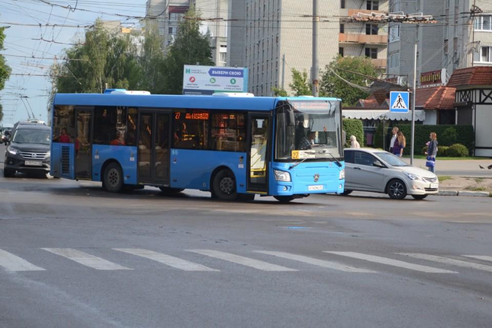 В Брянске 2 мая для посетителей кладбищ пустят дополнительные автобусы.