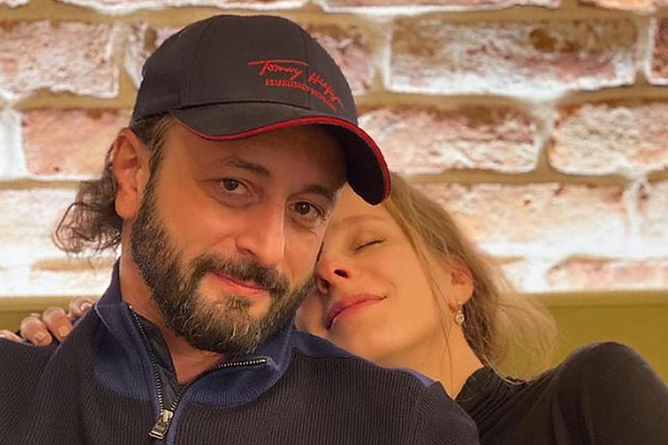Лиза Арзамасова и Илья Авербух станут родителями. Фото: Инстаграм.