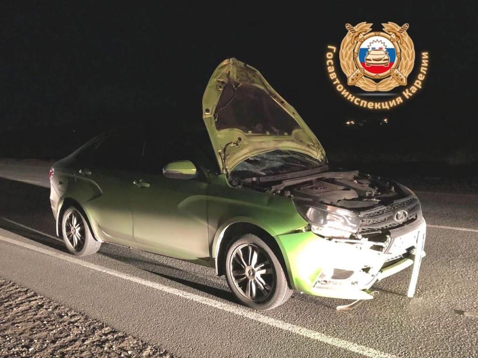 Водитель «Лада» сбила идущего по обочине пешехода. Фото: УГИБДД Республики Карелия