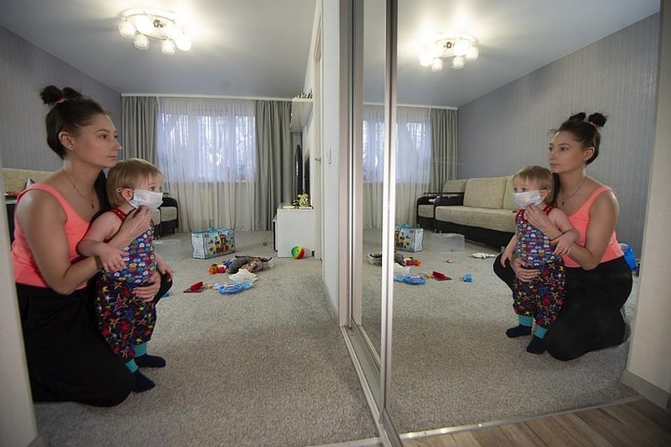 Врач рассказал, что должно насторожить родителей, если их ребенок заразился коронавирусом