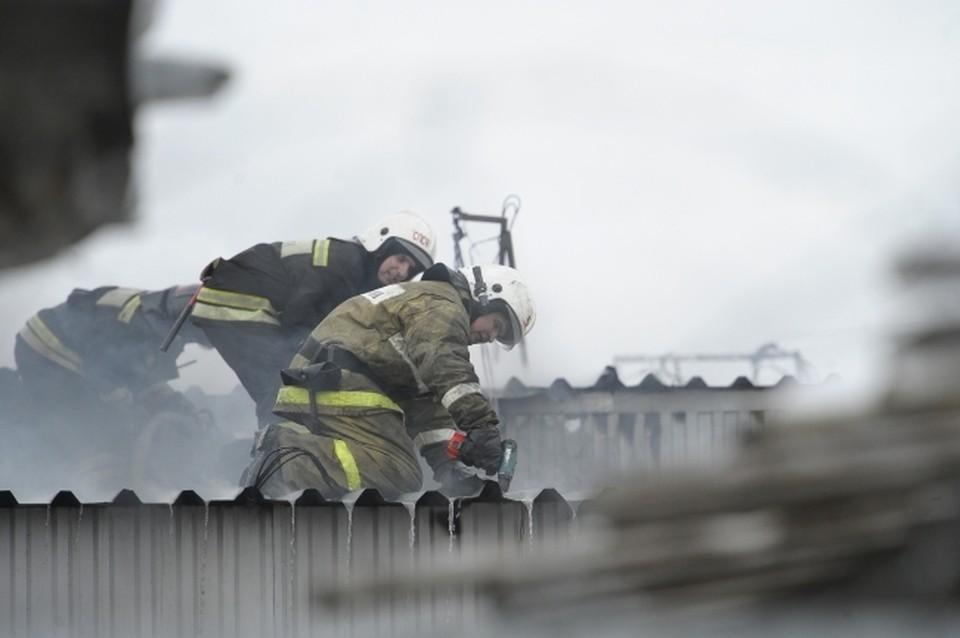 30 человек эвакуировали на пожаре в Коми