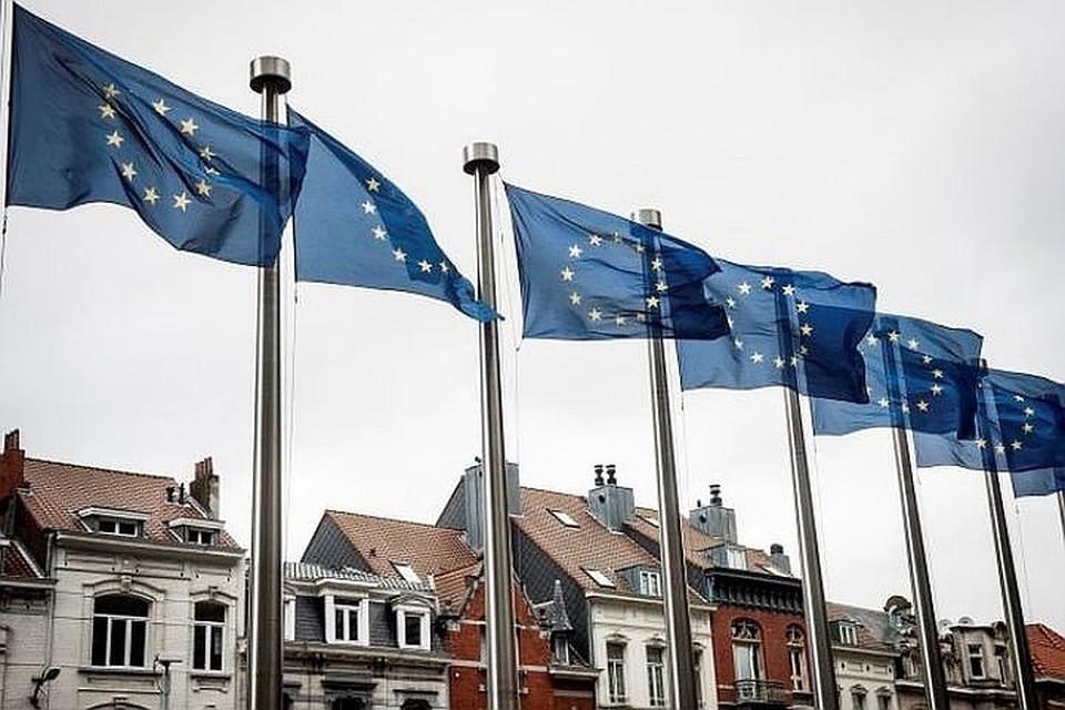 ЕС вызвал постпреда России из-за санкций против еврочиновников