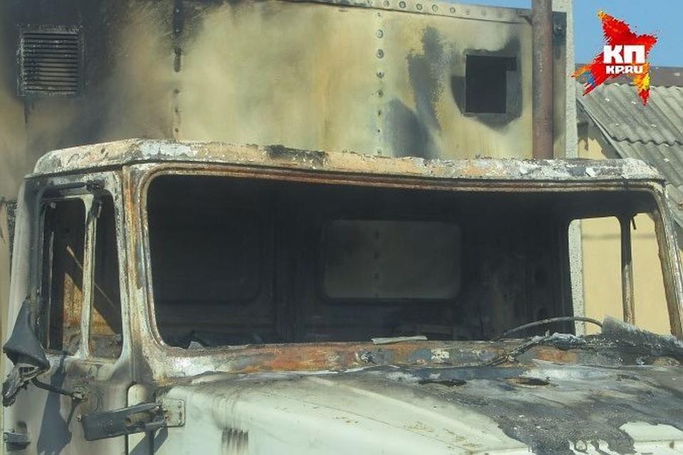 Пожар ликвидировали до прибытия спасателей.