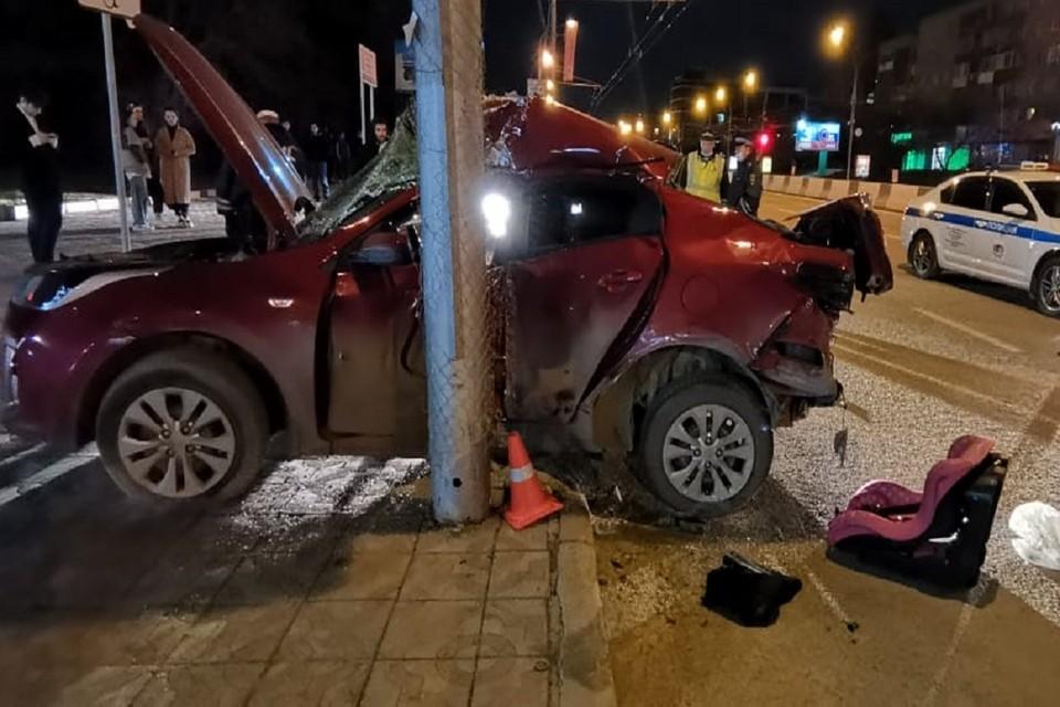 На Красном проспекте в Новосибирске произошло смертельное ДТП. Фото: ГИБДД НСО.