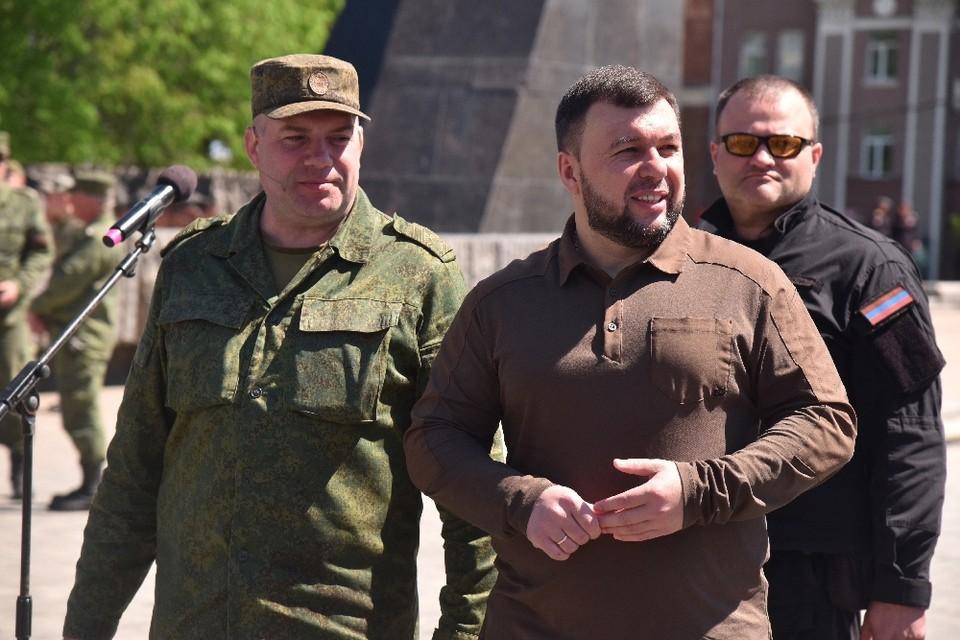 Денис Пушилин посетил репетицию Парада Победы. Фото: Сайт Главы ДНР