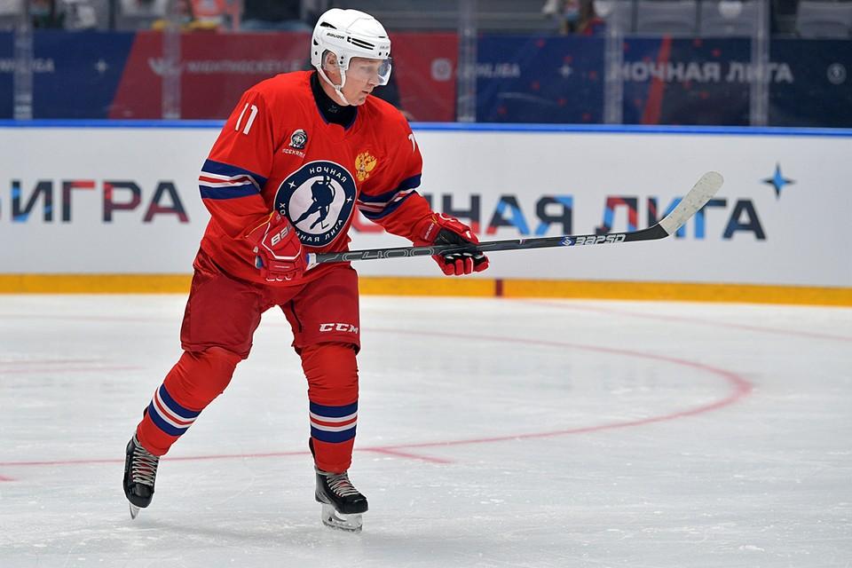Ночная хоккейная лига была образована в декабре 2011-го как раз по инициативе Владимира Путина