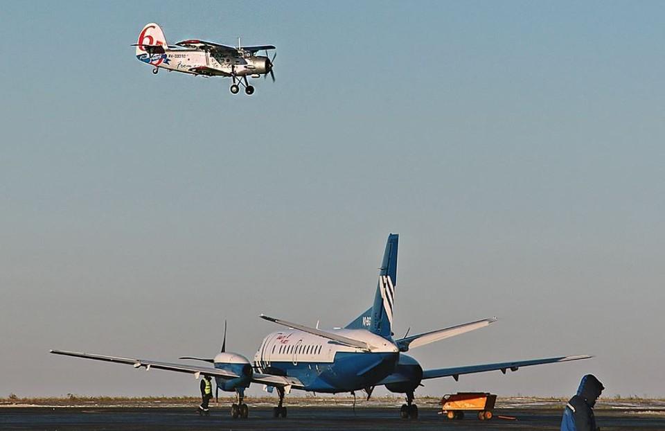 В Тюменской области АН-2 совершил жесткую посадку. Фото - utair.ru.