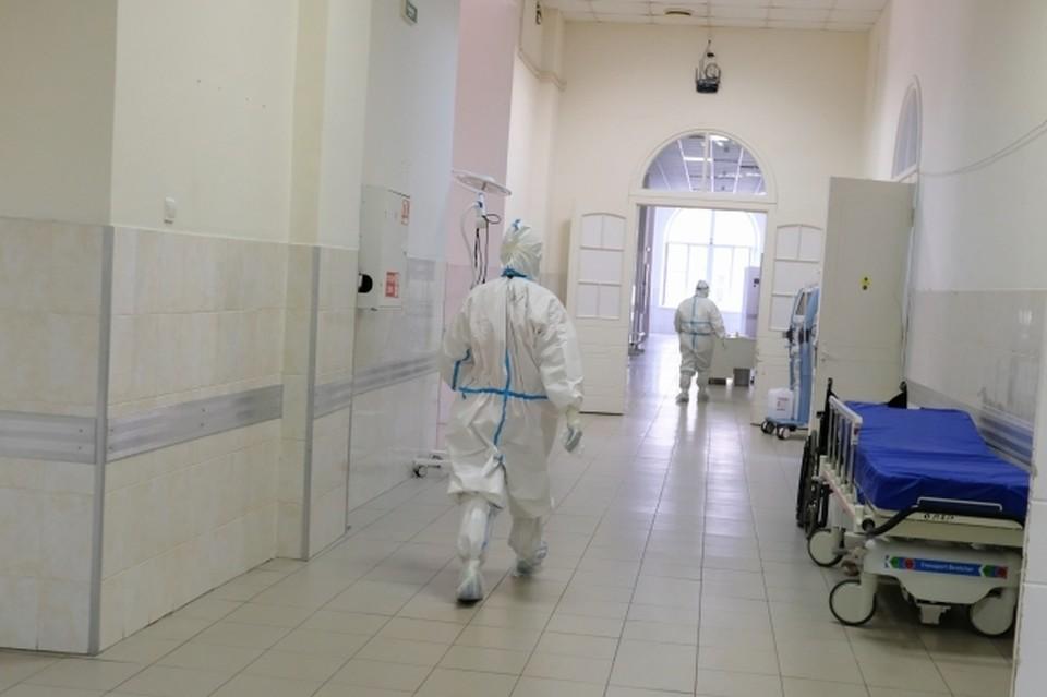 Каждый в Волгоградской области по 7 - 8 человек умирают непосредственно от коронавируса.
