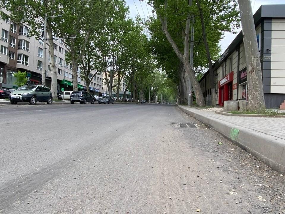 Ремонт улицы Иона Крянгэ продолжается (Фото: сайт мэра Кишинева).