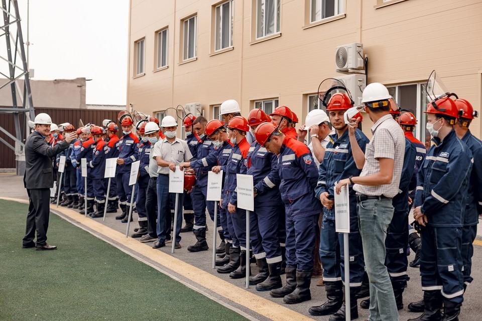 Экзамен по профмастерству: бригада Южного филиала вновь стала лучшей. Фото - АО «СУЭНКО».