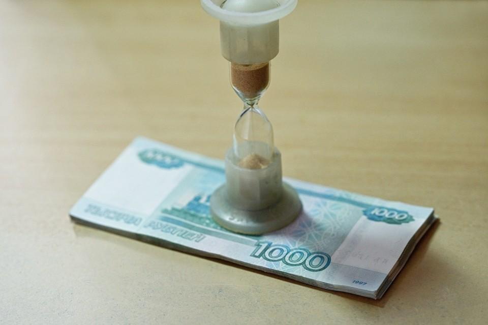 Орловчанка попала под уголовную статью за взятку для судебного пристава