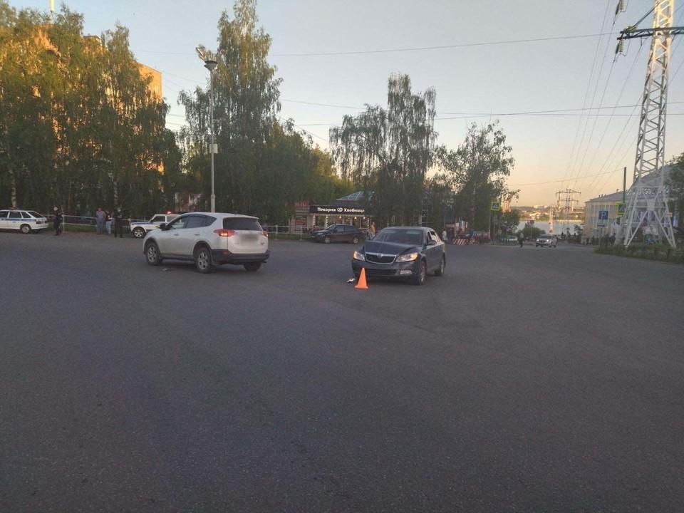 В результате ДТП в Ижевске пострадали два маленьких ребенка