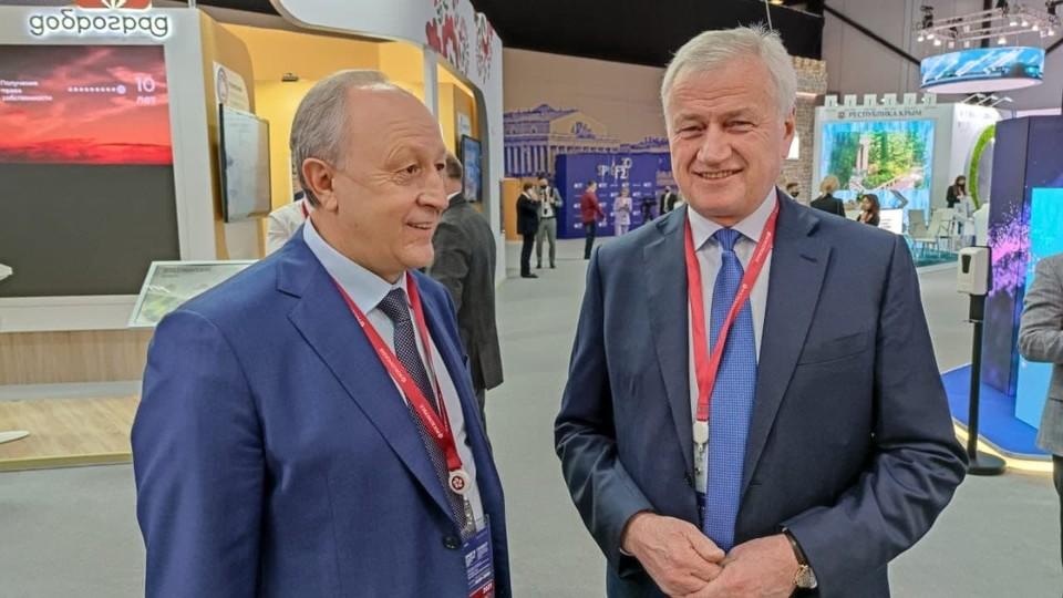 Губернатор Саратовской области Валерий Радаев и гендиректор ПАО «Т Плюс» Андрей Вагнер