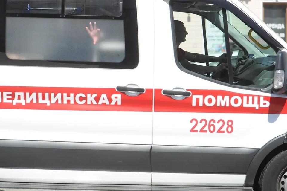 В Ленобласти ребенок выпал из окна девятого этажа.