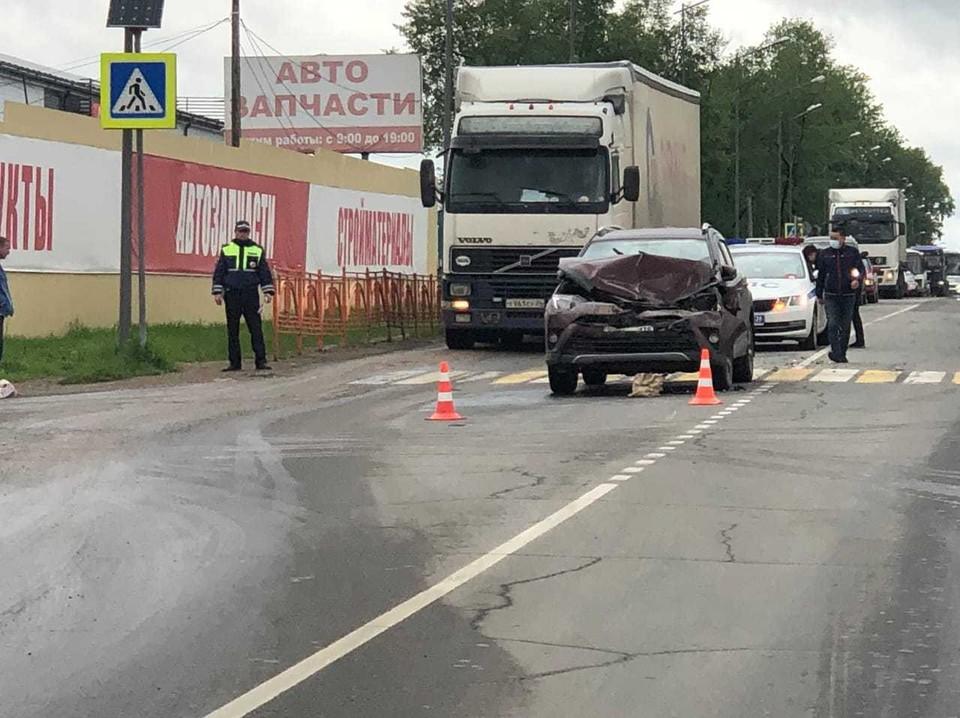 В ДТП с несколькими машинами в Усолье-Сибирском погибла женщина-пешеход