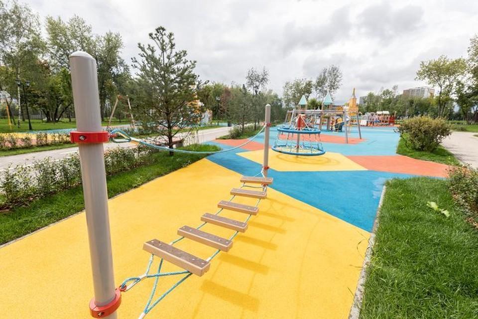 Новые детские площадки построят во дворах Владивостока.