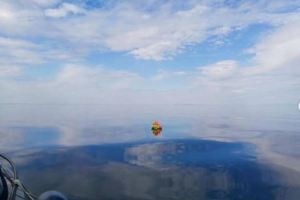 """""""Чей-то подарок на день рождения"""": в национальном парке из Байкала выловили связку воздушных шаров. Фото: ФГБУ """"Заповедное Подлеморье"""""""