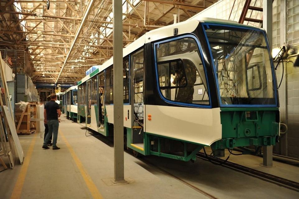 Первые 14 трамваев для Челябинска готовятся сойти с конвейера УКВЗ. Фото: gubernator74.ru
