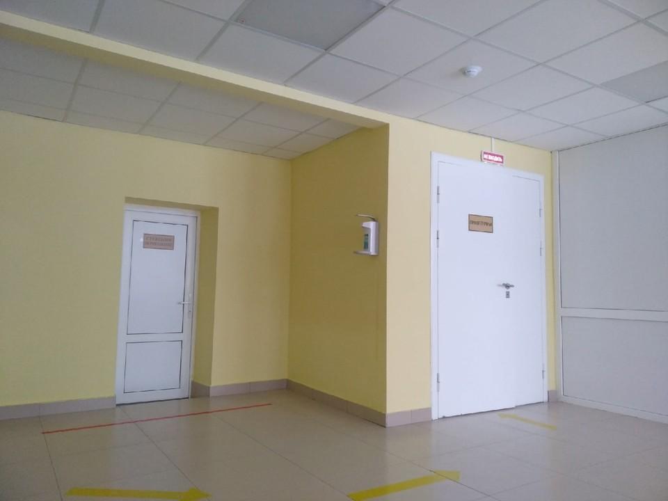 В больницах и стационарах с COVID-19 и пневмониями находится 579 человек