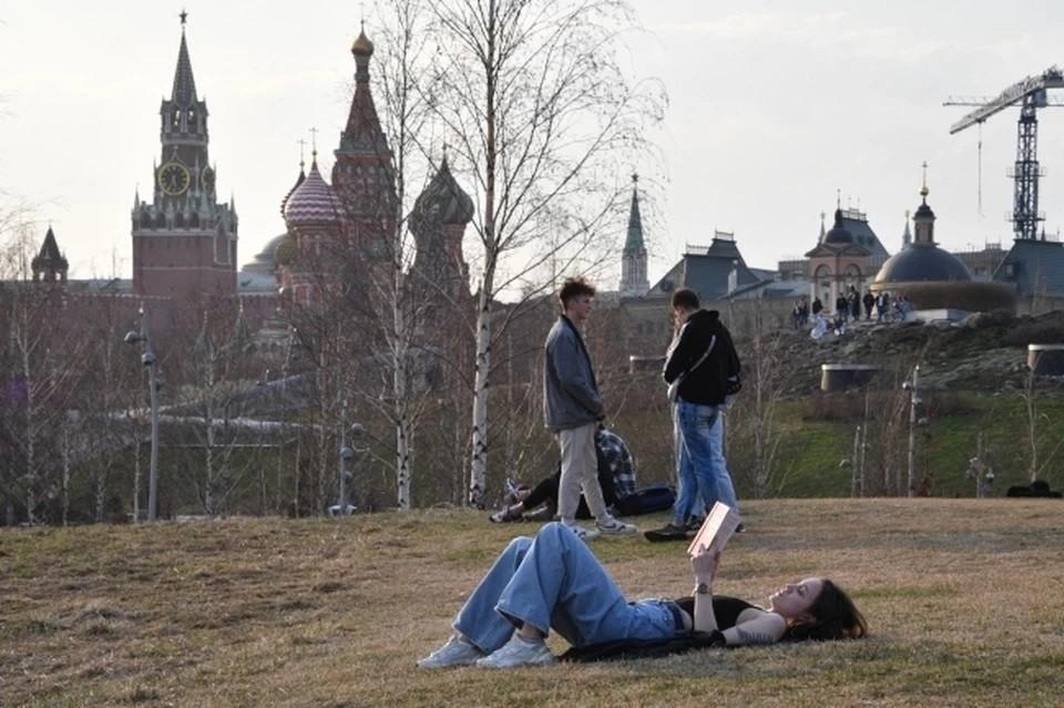 Минтруд: россияне останутся без длинных майских каникул в 2022 году