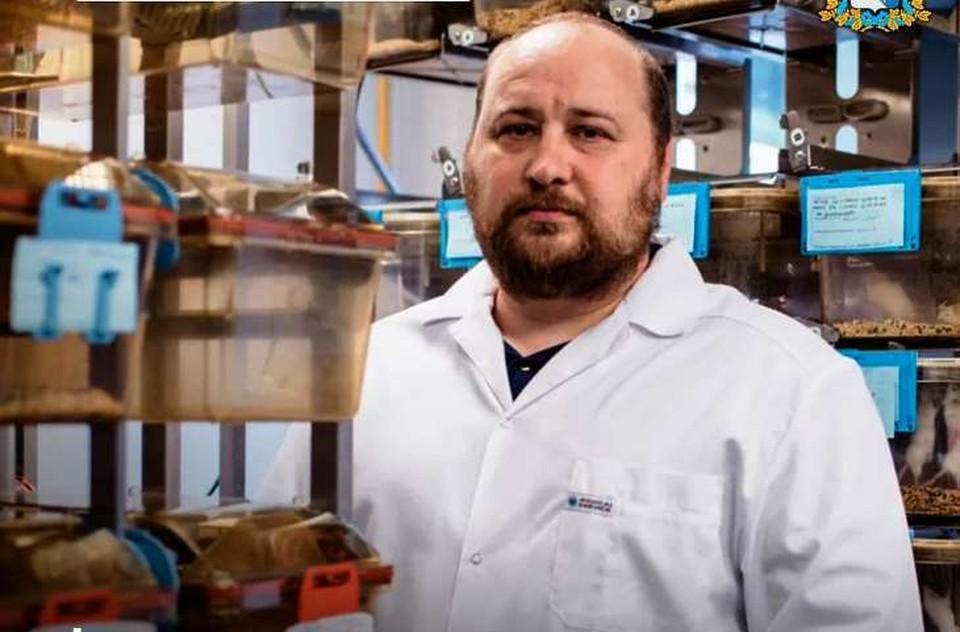 42-летний Денис Логунов - российский ученый-микробиолог, специалист в области медицинской микробиологии, доктор биологических наук