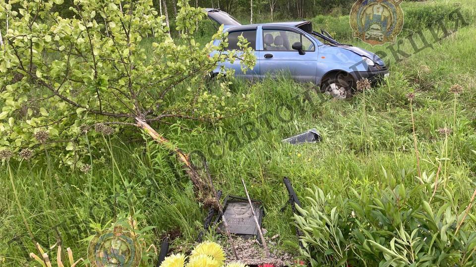 В Тульской области нетрезвый водитель снес придорожный памятник