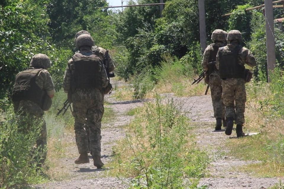Украинские диверсанты проникли на территорию поста НМ ЛНР. Фото: Пресс-центр штаба ООС