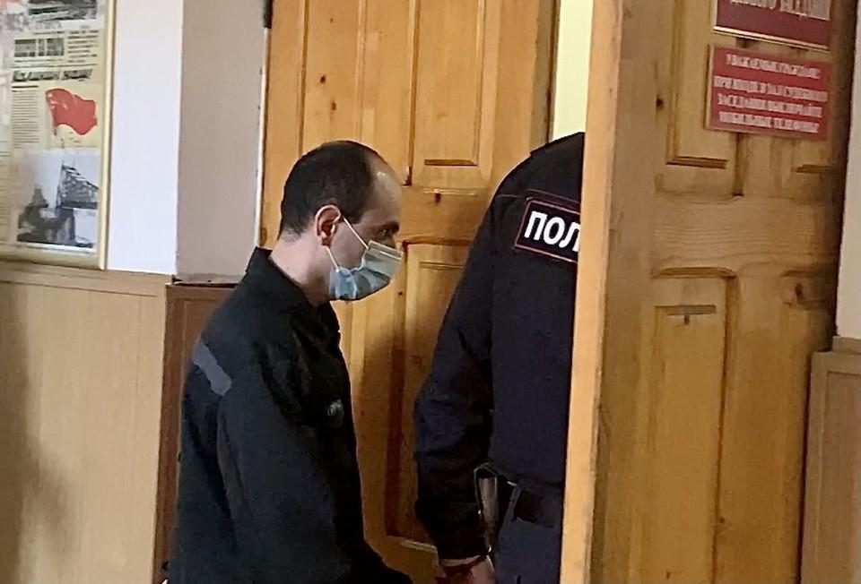 Артур Атабекян был доставлен на судебное заседание в Тверь. Фото: Мария ИВАНОВА