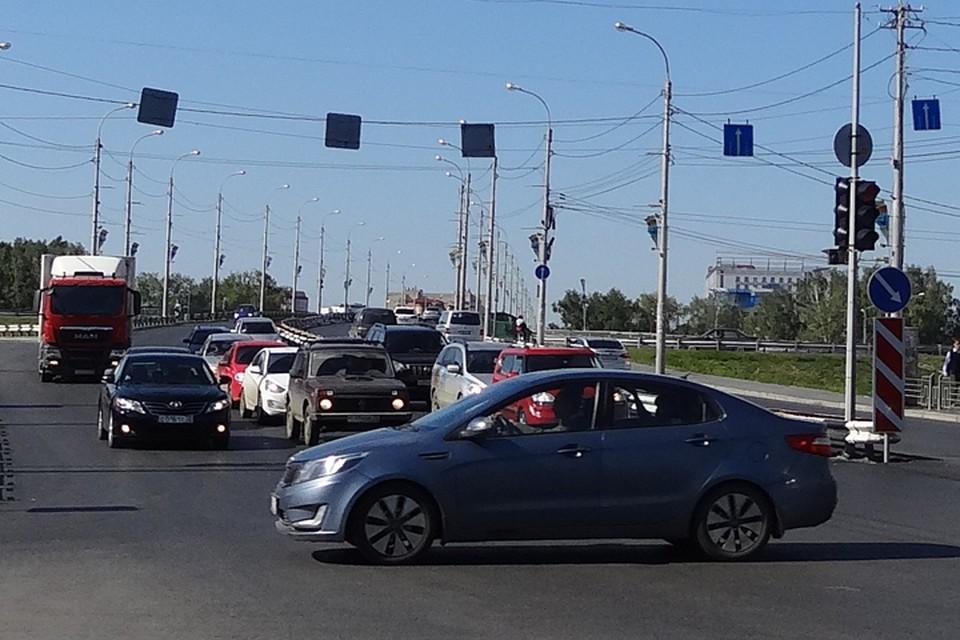В Тюмени 8 июля 2021 года погаснут два светофора