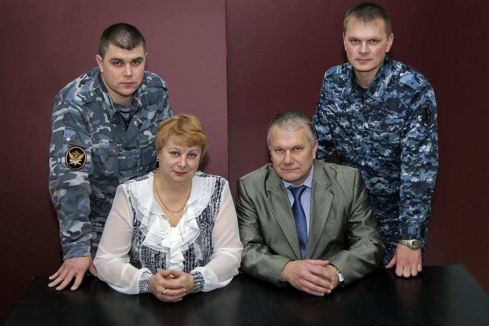 Валентина и Ольга Ярош воспитали двух сыновей и радуются уже четырем внукам. ФОТО: пресс-служба УФСИН по Орловской области