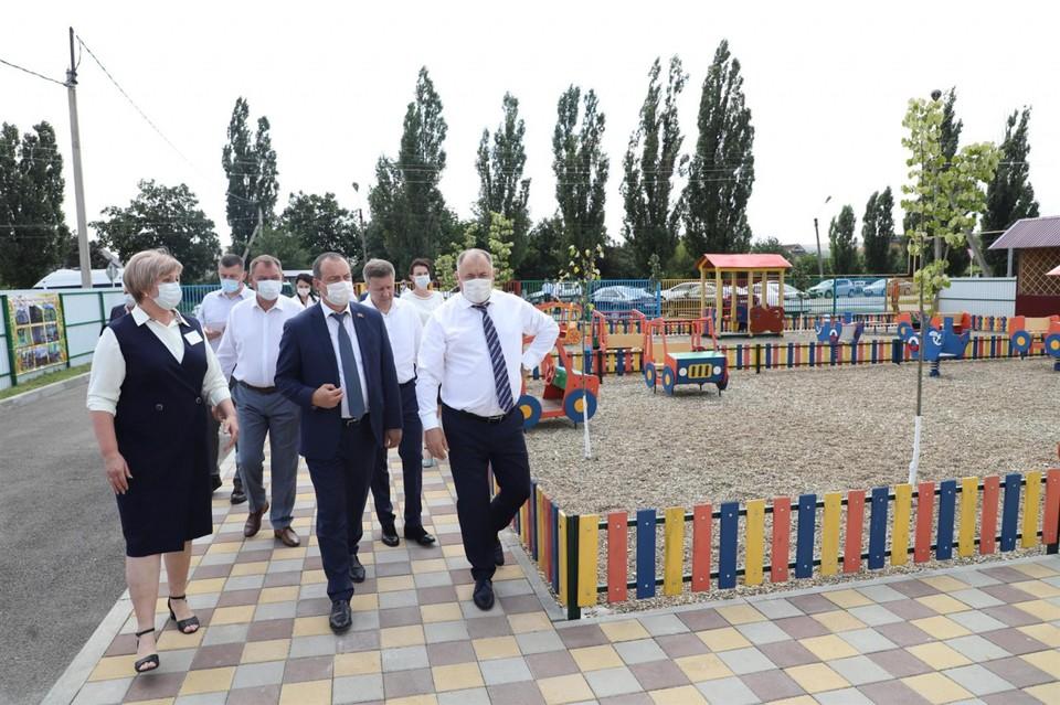 Церемония награждения прошла в Крымске в рамках отчетов парламентариев перед избирателями