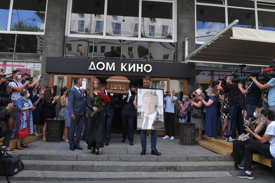 В Москве в Доме кино прошло прощание с режиссером, народным артистом РСФСР
