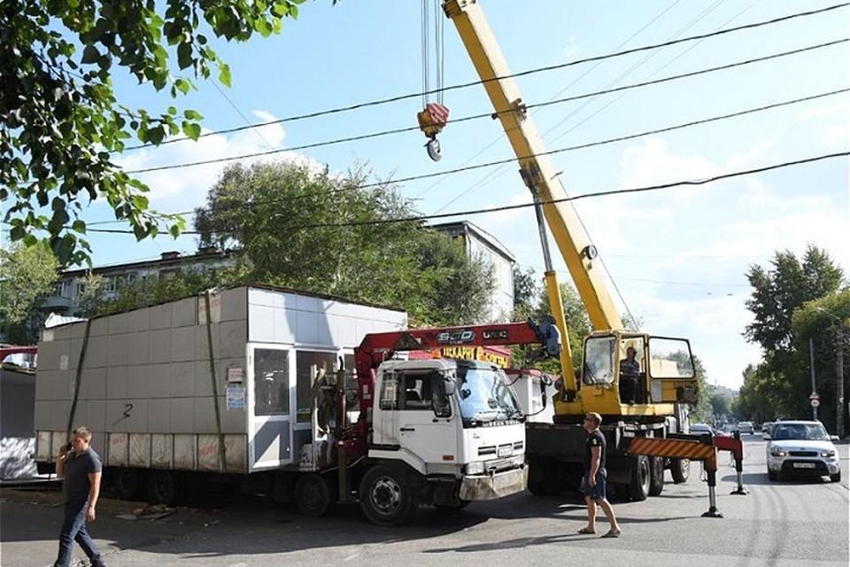 По истечению установленных владельцам сроков на демонтаж объекты будут снесены руководством города в течение трех ближайших месяцев. Фото: Денис Гордийко