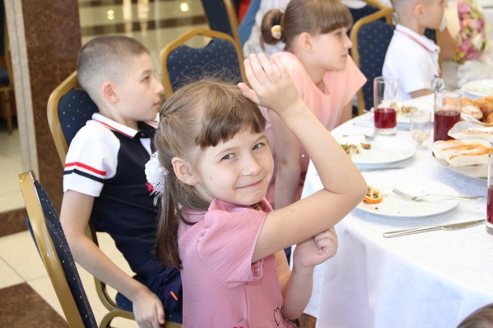 Глава ДНР встретился с многодетными семьями Республики. Фото: denis-pushilin.ru