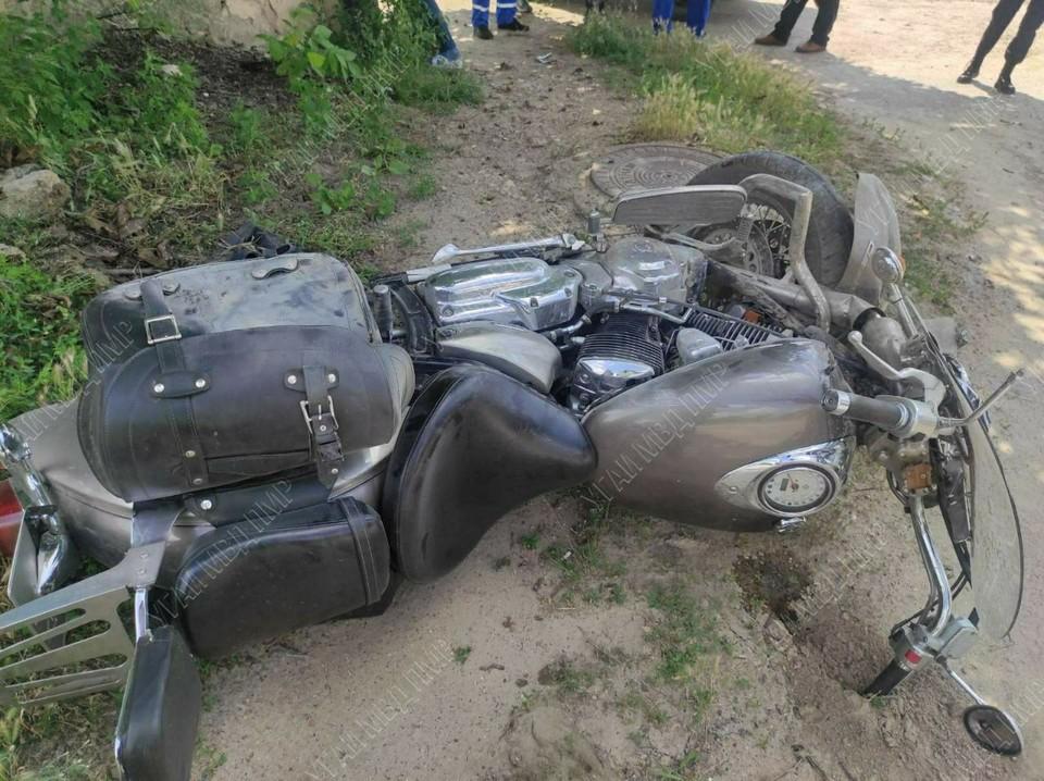 Мотоциклист скончался на месте ДТП (Фото: МВД Приднестровья).