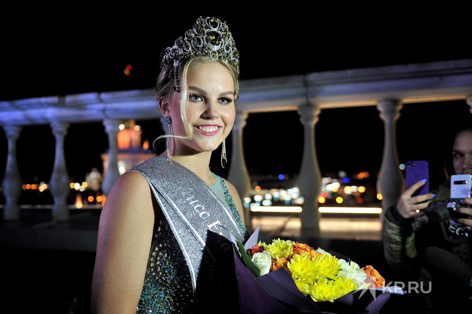 Действующая мисс Злата Помурзина в августе передаст свою корону другой красавице.