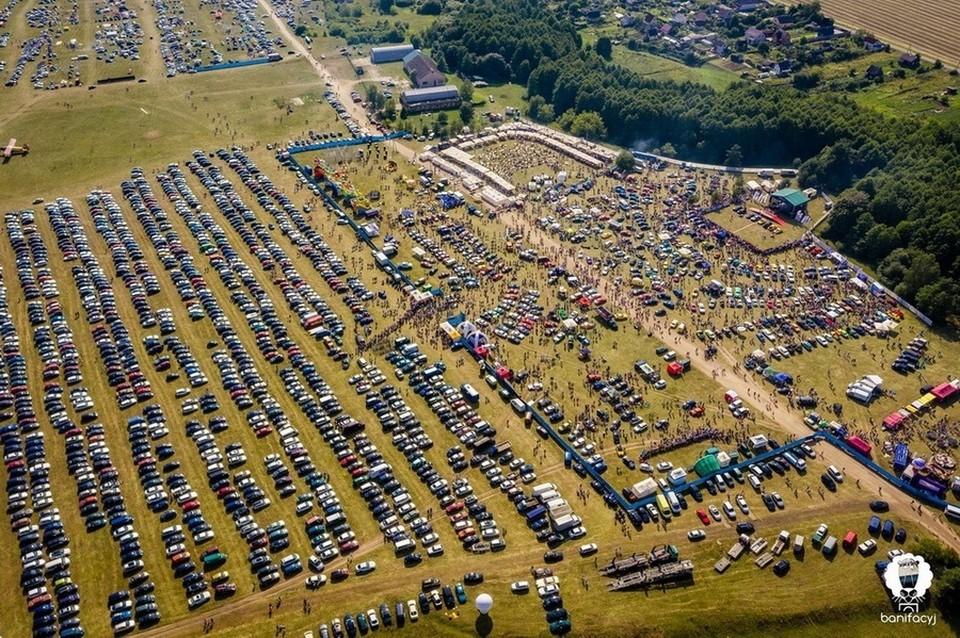 17 июля под Гродно должены был пройти крупнейший в стране автофестиваль SunDay2021 - но его отменили.