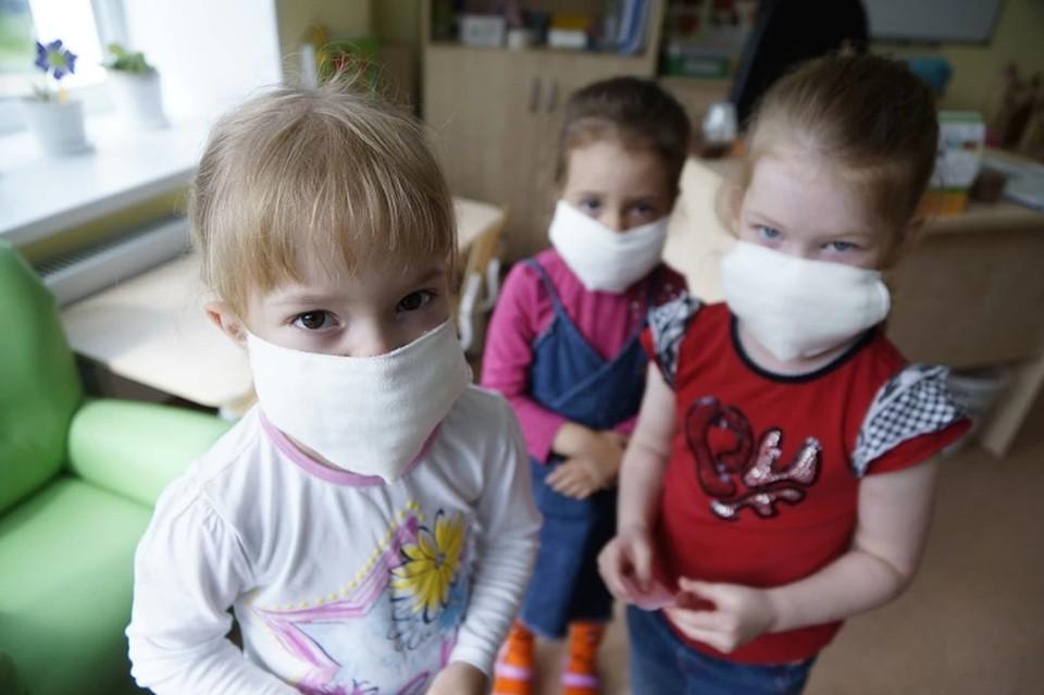 Все чаще коронавирусную инфекцию выявляют у детей.