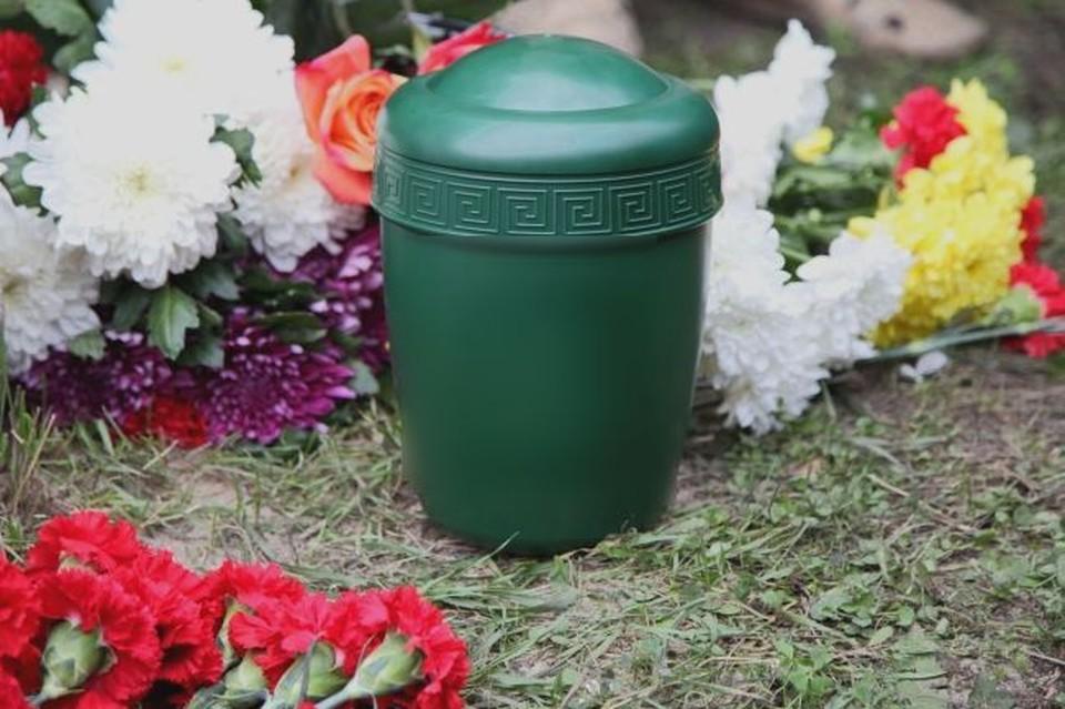 В Новосибирском крематории образовалась очередь на кремацию и выдачу праха.