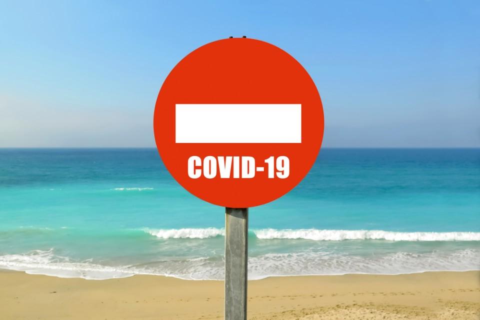 Что страшнее: остаться без отпуска на море или заболеть ковидом в чужой стране?