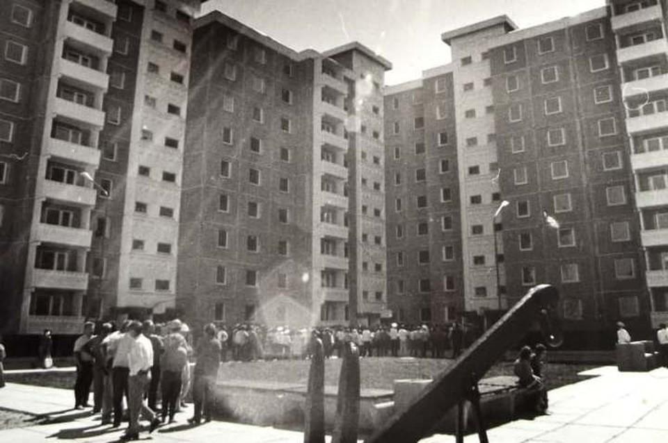 Первые семьи военных въехали в первые сельмовские дома в мае 1994-го.