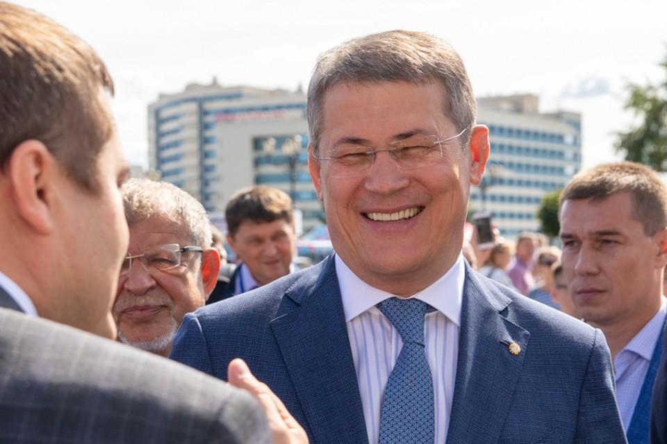 Радий Хабиров установил 19 июля 2021 года выходным днем для госслужащих