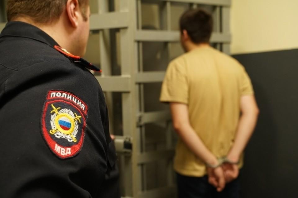 Смолянин зарезал собутыльника и оставил его в закрытой квартире.