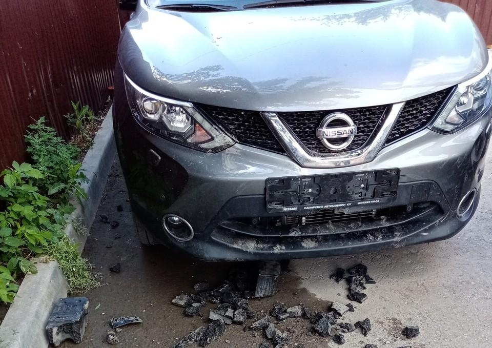 Собаки серьезно повредили автомобиль