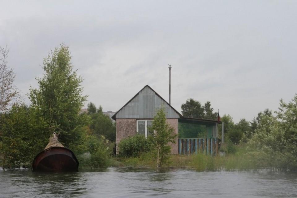 6 домов и 11 участков подтоплено на острове Елизовский в Иркутске
